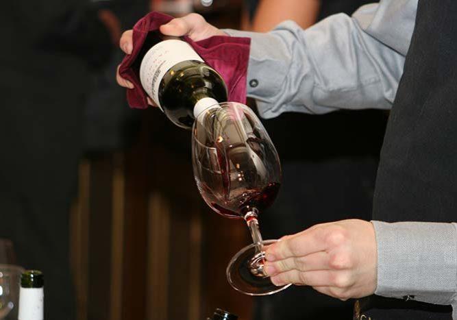 wine sommelier
